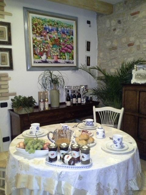 Tipp für Ausflügler und Urlauber: Petra Antica und Corte Giare
