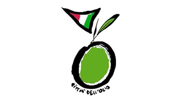 """In Brenzone wurde die Fahne der """"Città dell'Olio"""" gehisst"""