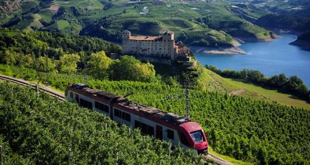 Per Zug zu den Trientiner Burgen