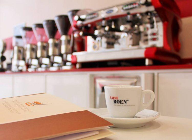 Caffè Roen organisiert einen Kurs für Espresso-Verkoster