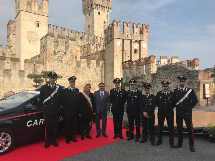 Ein neues Auto für die Carabinieri von Sirmione