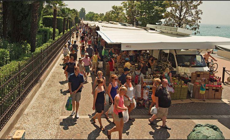 Neuer Markt in Cisano bei Bardolino