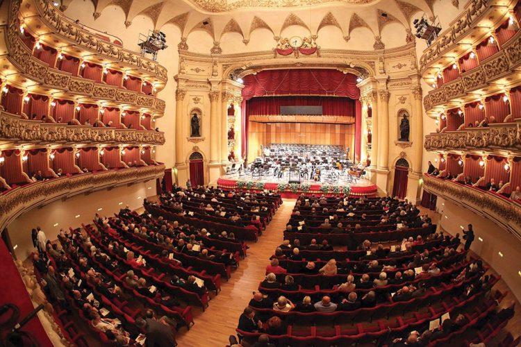 Mozarts Zauberflöte im Teatro Filarmonico in Verona
