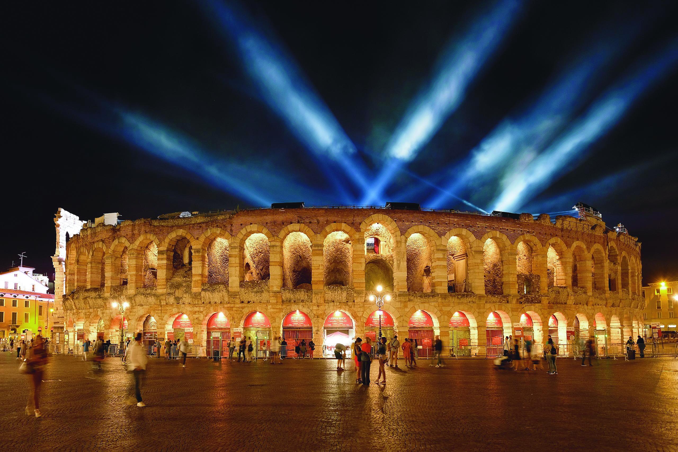 Lichter aus in der Arena zur Förderung des Umweltbewusstseins