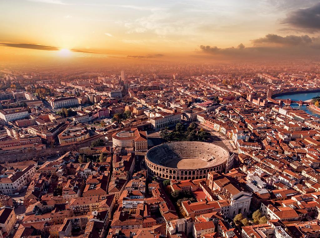 """""""Warten auf die Arena"""": eine Hommage an Verona. Heute Abend um 19.45 Uhr"""