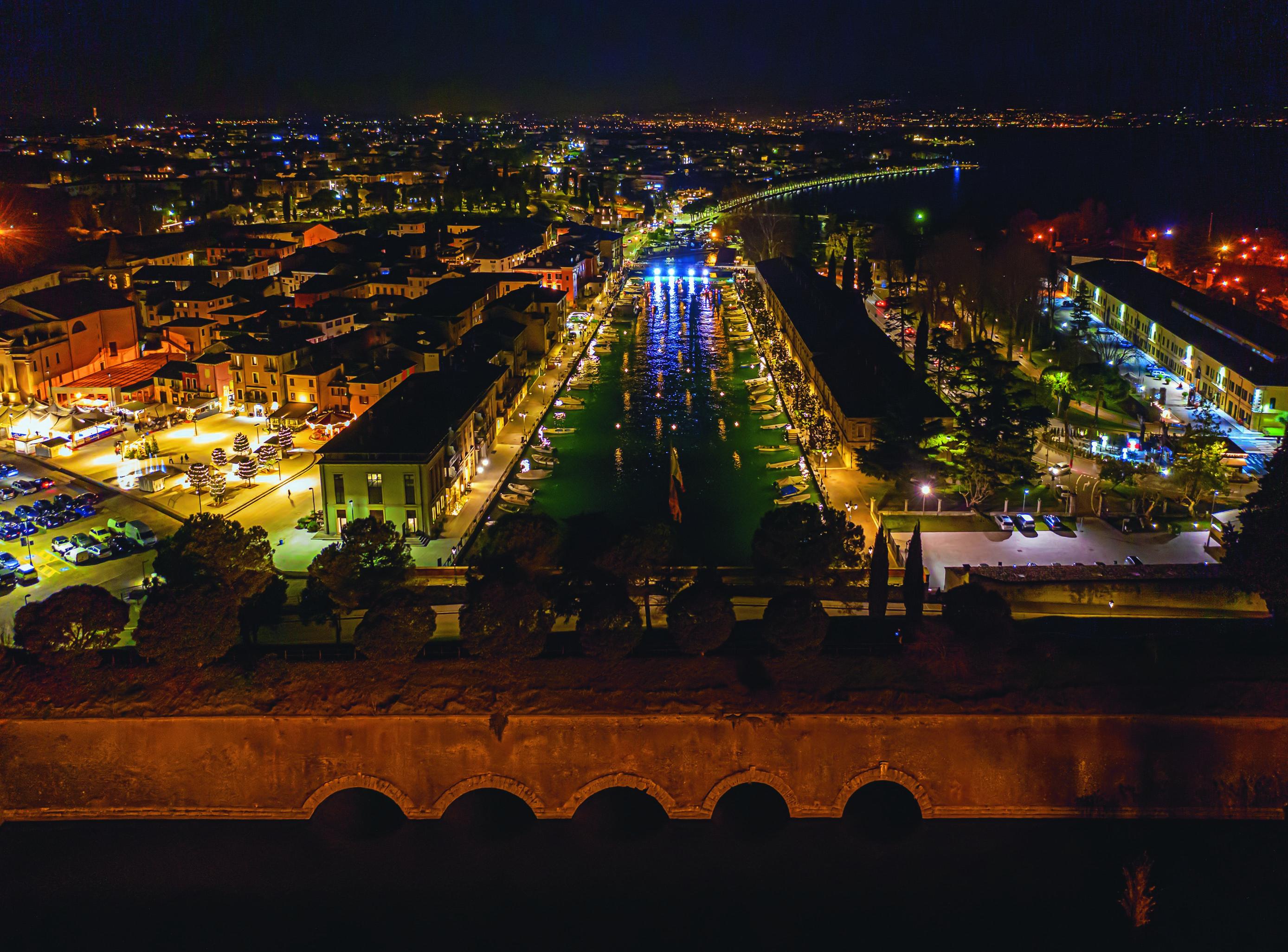 Peschiera by night