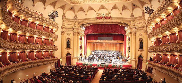 Online das 12. Konzert der Symphonischen Saison in Verona
