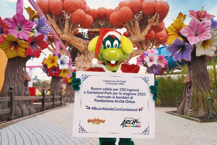 Gardaland präsentiert seine Weihnachtszusammenstellung und verlost 250 Beiträge für eine wohltätige Stiftung