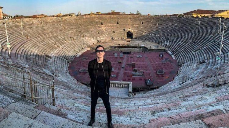 Das Solo des Popsängers Diodato in der leeren Arena