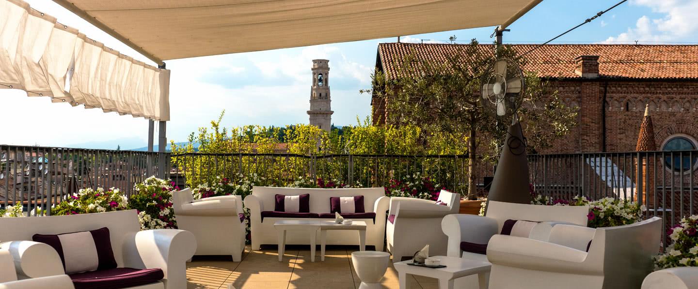 Frühling im Hotel Due Torri: Veronas einzige 5-Sterne-Dachterrasse wird wieder eröffnet