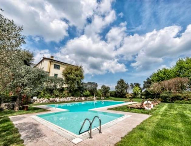 Pozzolengo: Wohnung mit Aussicht auf Gardasee zu verkaufen