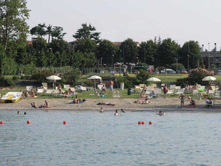 Neuer Brunnen zur Bewässerung der Spiaggia d'Oro: ein nachhaltiges Projekt, das die Umwelt schont